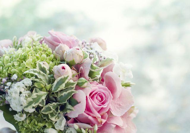 dekofee_lena_Hochzeitsdeko_Blumenkugel