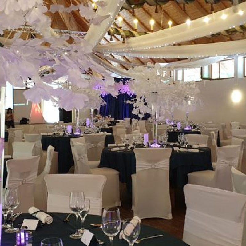 dekofee_lena_Hochzeitsdeko_Hochzeit_petrol_ginkgo_aeste