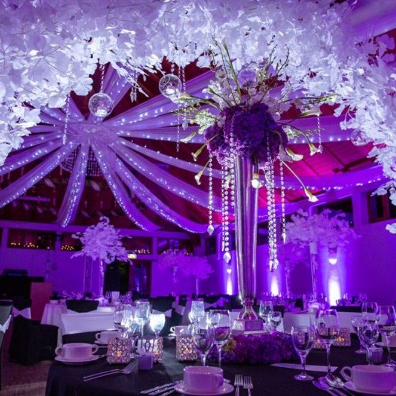 dekofee_lena_Hochzeitsdeko_schwarz_weiss_Blumenkugel
